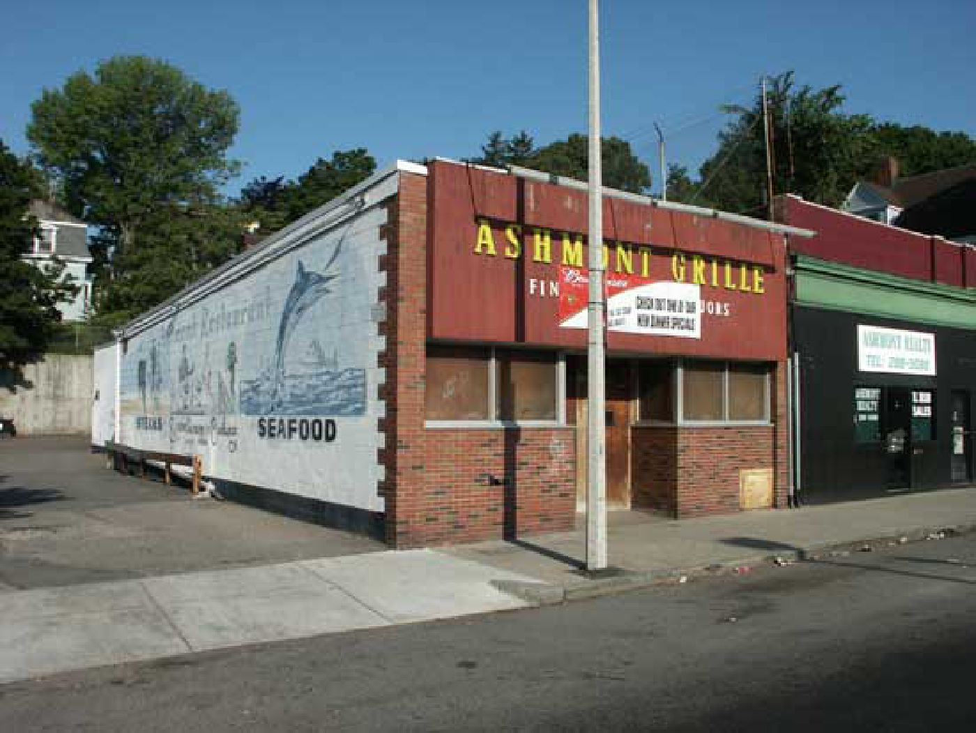 Ashmont Grille,  Summer 2002